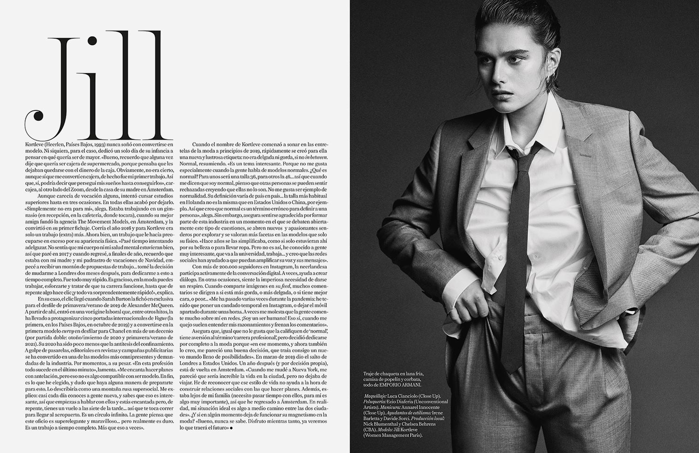 Pliego de Vogue España con fotografía de moda